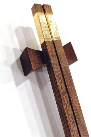 Golden Good Luck Design Chicken Wing Wood Chopsticks and Holders Dining Set