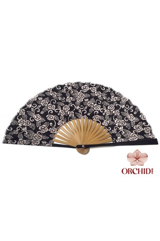8482704 | Bamboo And Silk Chinese Style Fan