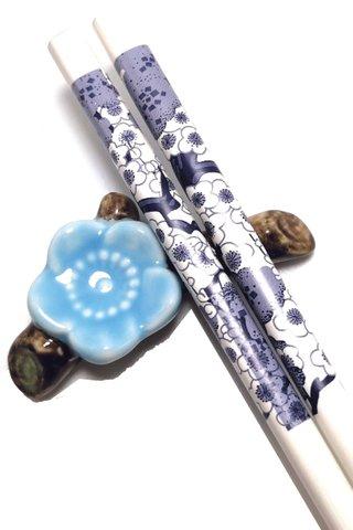 White Base Blue Flower Design | Natural Wood Chopsticks and Holders Dining Set