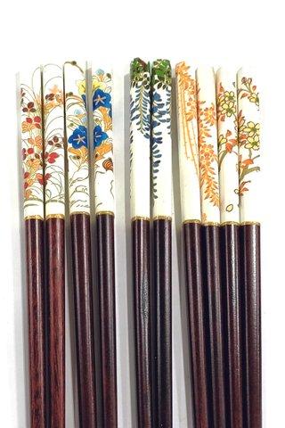 Flowers Design | Natural Wood Chopsticks and Holders Dining Set