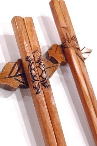 Turtle and Crane Design | Iroonwood Chopsticks and Holders Dining Set Wedding Gift