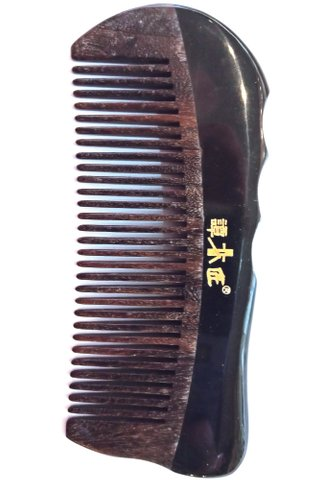 8100644 | Tan's Chacate Preto Wooden and Buffalo Horn Comb | Health Care Comb
