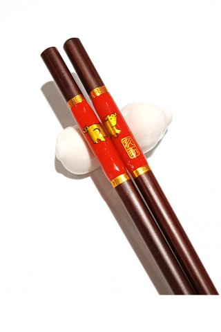 Chinese 12 Zodiac Pig Design Wooden Chopsticks With Porcelain Holder Customized Personal Chopsticks Gift Set