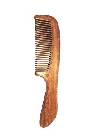 8100234 | Tan's Swartza sp wooden antistatic comb