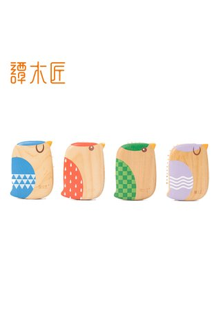 8100041 | Tan's Box Wood hair Brush With Handmade Bird Design