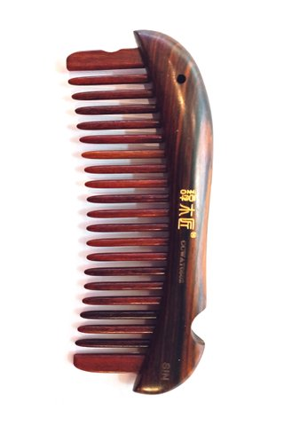 8100121 | Tan's Rose Wood Massage Comb