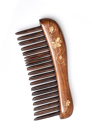 8100114 | Tan's Chacate Preto Wooden Massage Comb Carry-on Handpainted Design