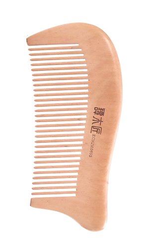 8100081 | Tan's Tendon Wooden Haircare Comb